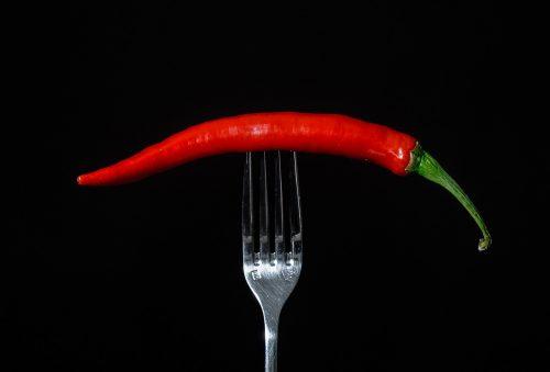 Simpatia para afastar uma pessoa da outra com pimenta
