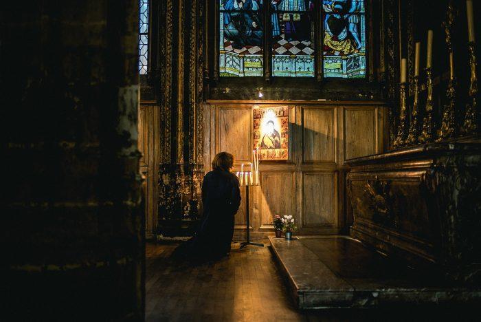 Oração forte para chamar alguém urgente