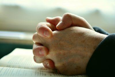 Oração para uma pessoa ir embora pra bem longe