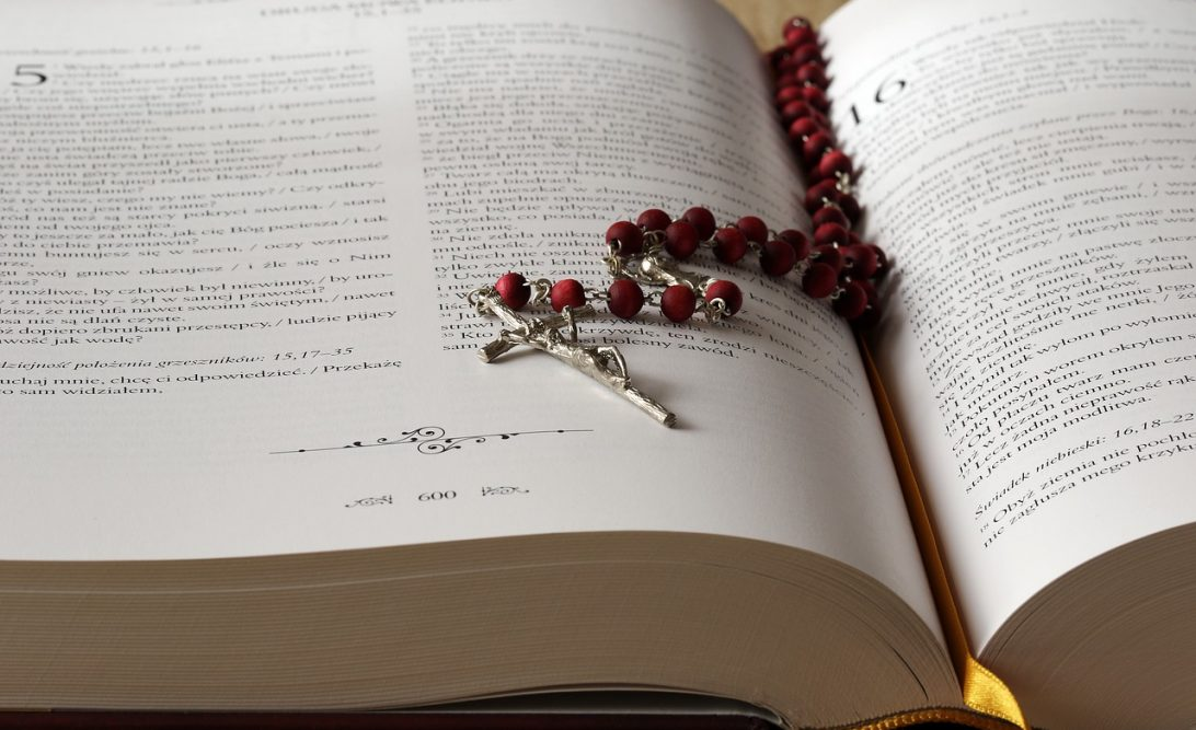 Oração para conseguir emprego urgente