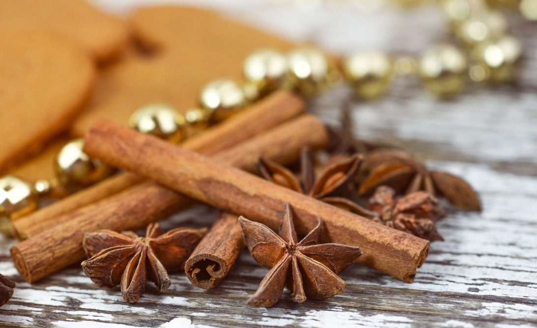 Banho de canela e mel para atração