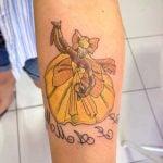Tatuagem Oxum de saia