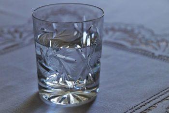 simpatia com agua para emagrecer