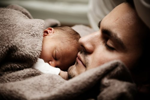 Simpatia para cólica de bebê