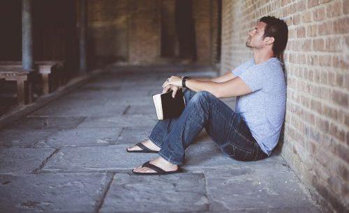 Oração para ele não parar de pensar em mim