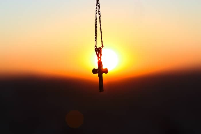 Oração de Santa Marta Para Separar Casal de Uma Vez Por Todas