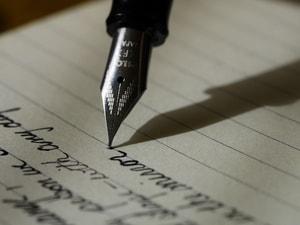 Simpatia do amor fácil com caneta