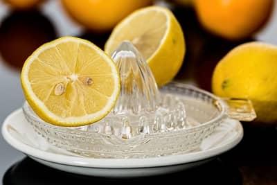 Simpatia do limão e tomate
