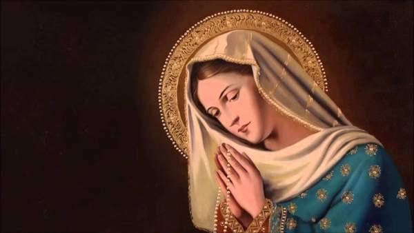 Oração de Nossa Senhora passa na frente