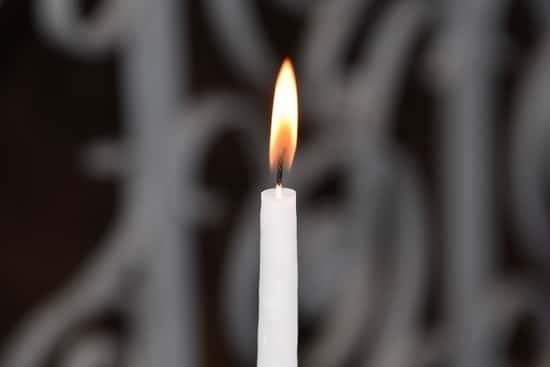 Acender vela para o anjo da guarda