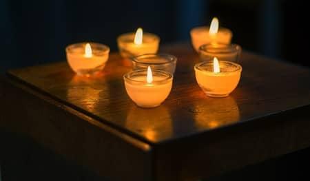 Feitiço de amarração amorosa forte com velas