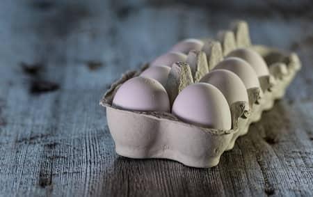 Simpatia do ovo na caixa de sapato