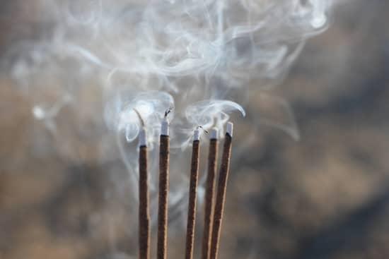 Incensos para purificação de ambiente