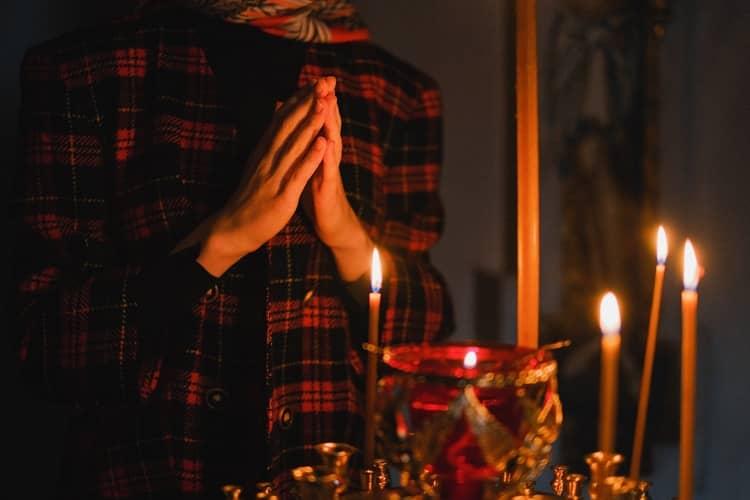 Oração Para Perturbar A Cabeça De Um Homem | Reza Brava!
