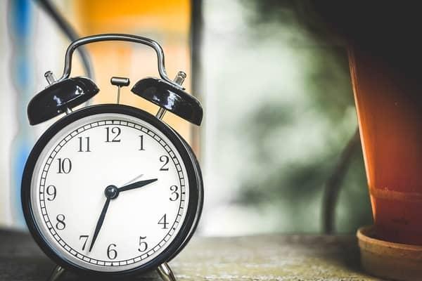 Preocupações com horas iguais