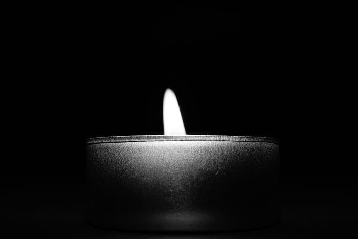 Significado da Vela Preta na Espiritualidade e Umbanda: É Ruim?