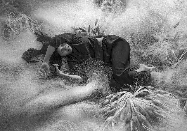 O espiritismo e os toques durante a noite