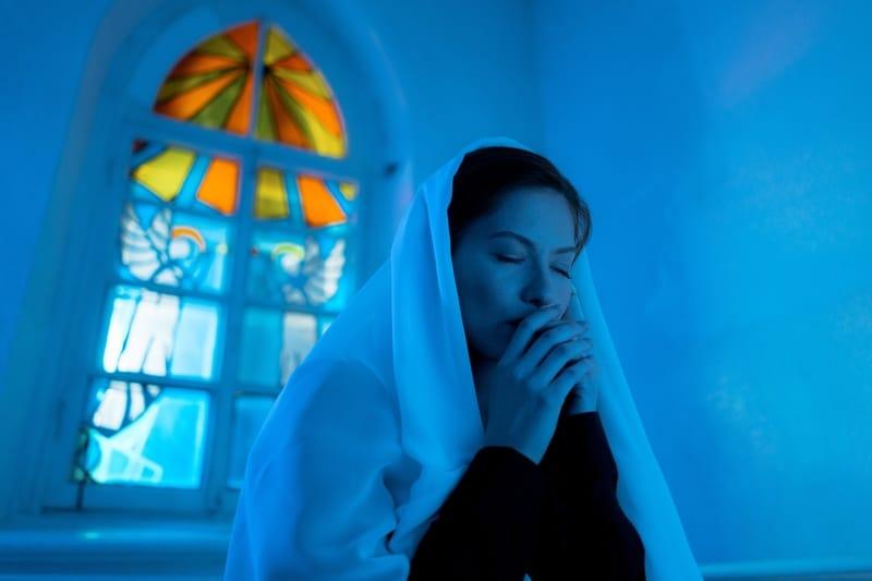 5 Oração Muito Forte e Perigosa Para Deixar Homem Apaixonado