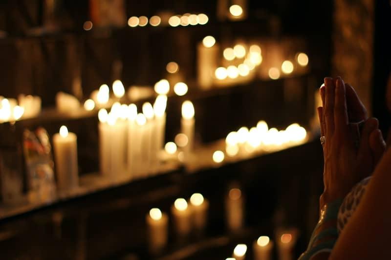 A Verdadeira Oração da Pomba Gira Para Trazer Amor de Volta ( Agora )