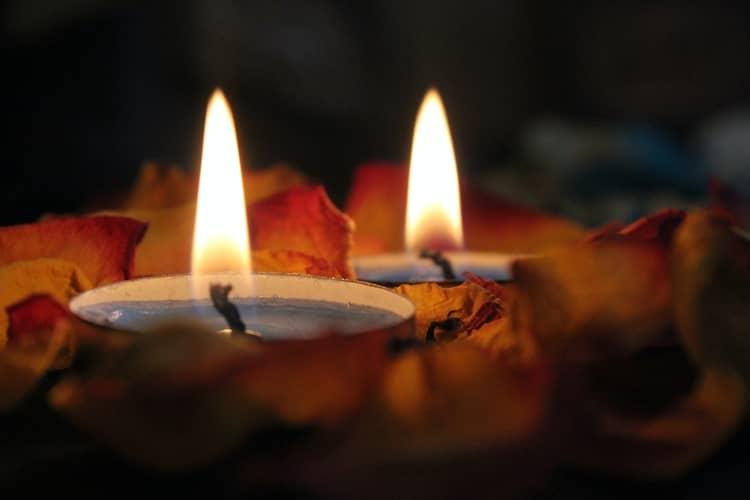 Oração Perigosa e Antiga: 3 Rezas Bravas e Perigosas Para TUDO