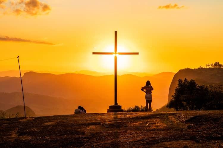 Oração Para Pedido Especial: 3 Rezas Para Alcançar um Pedido