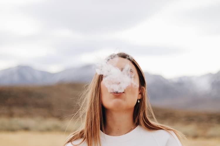 8 Simpatias Para Tirar o Vício da Droga: consiga parar de fumar!